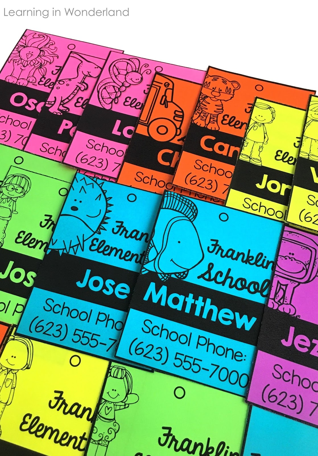 These name tags will help your students stand out while on field trips! They also make great keepsakes for parents!